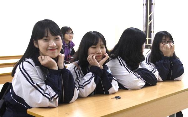Gia sư lớp 9 Hà Nội giúp con tự tin trong quá trình học tập