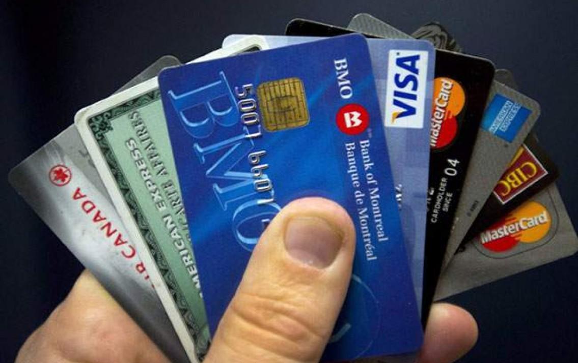 thẻ atm bị khóa có chuyển tiền được không