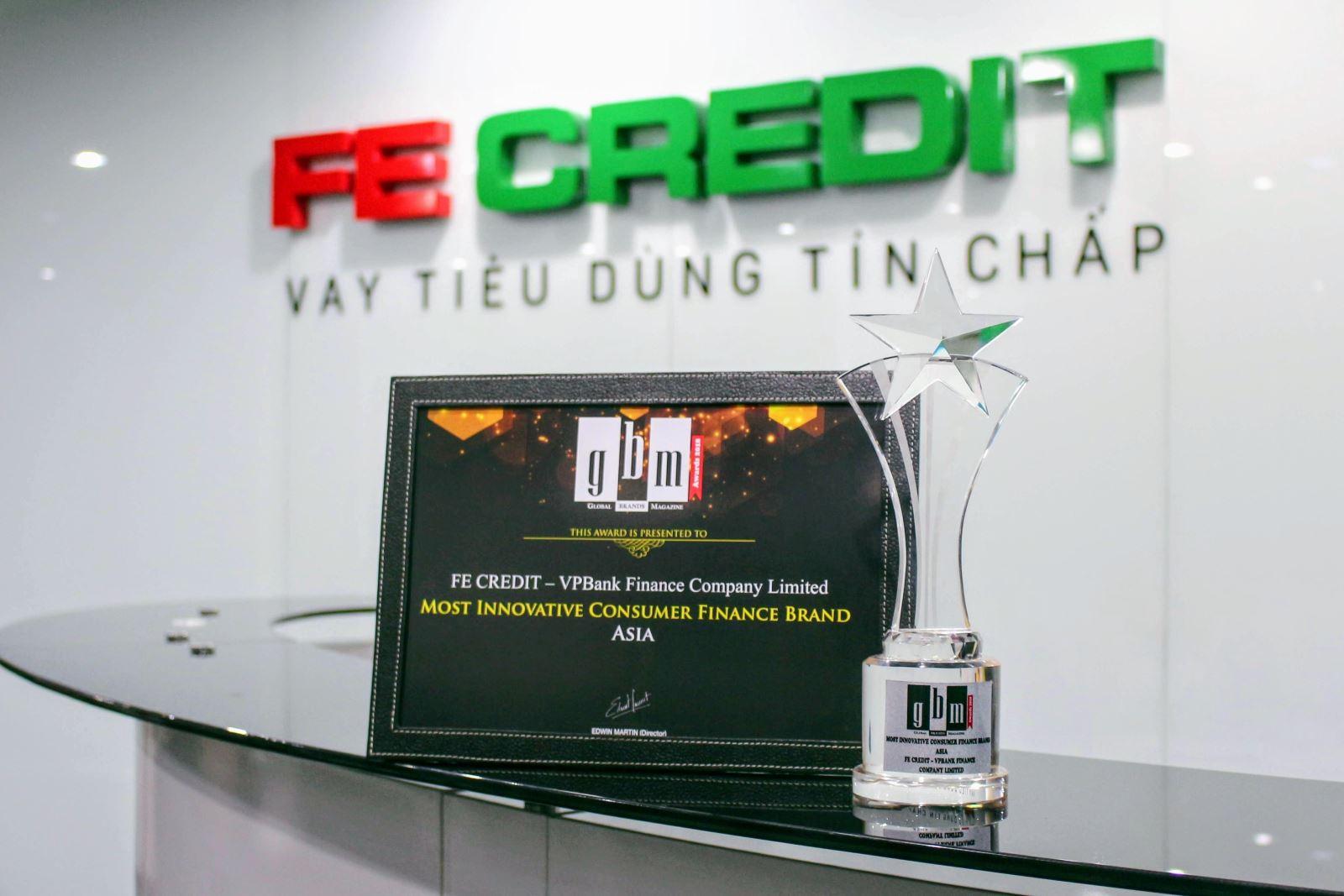 Không nhận thẻ tín dụng fe credit