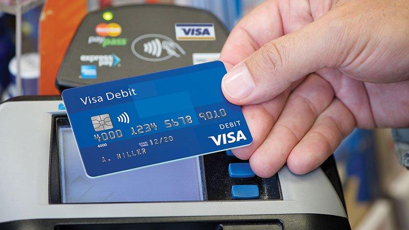 Thẻ visa debit Vietcombank là gì?