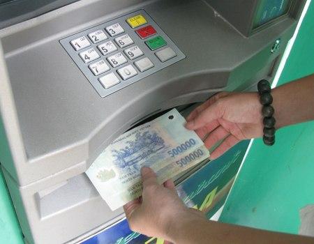 vietcombank rút được bao nhiêu tiền 1 lần
